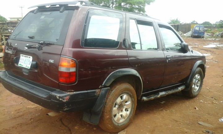nissan pathfinder for sale n550k autos nigeria. Black Bedroom Furniture Sets. Home Design Ideas