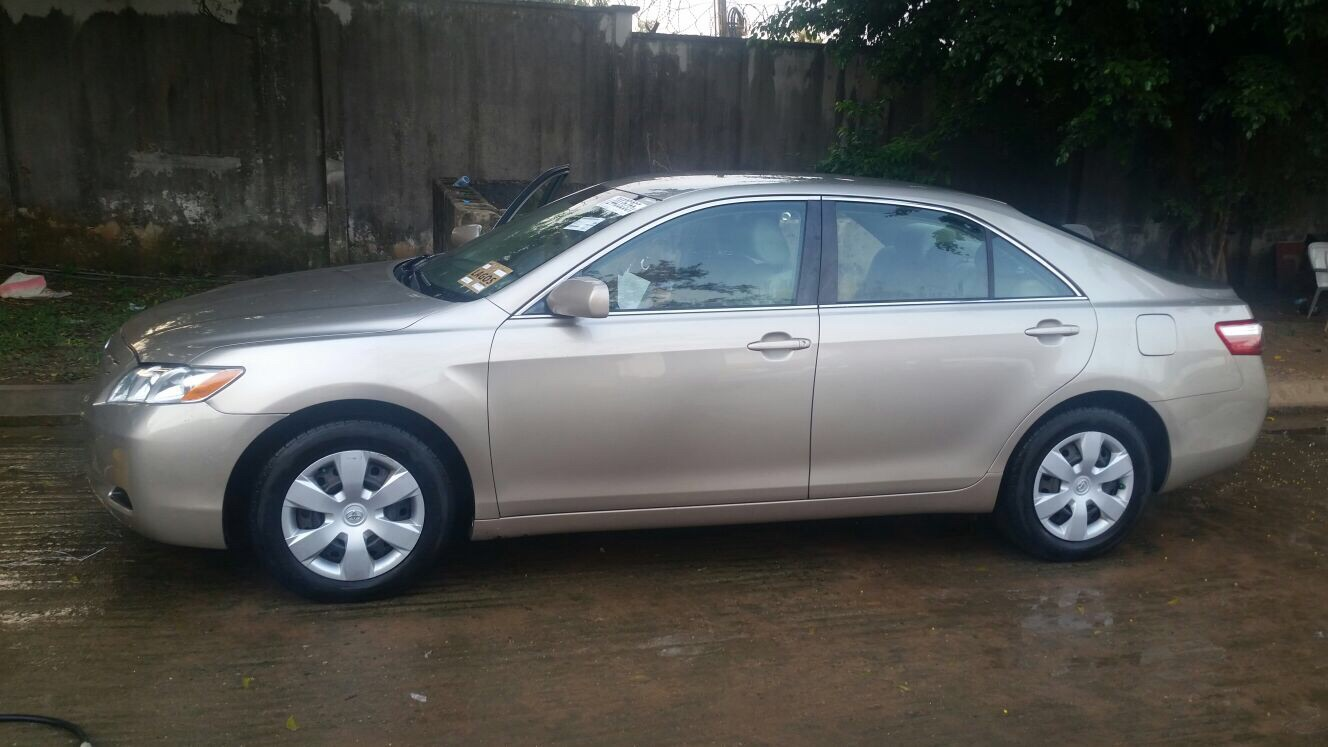 sharpest toks toyota camry 2008 09 le for sale autos nigeria. Black Bedroom Furniture Sets. Home Design Ideas