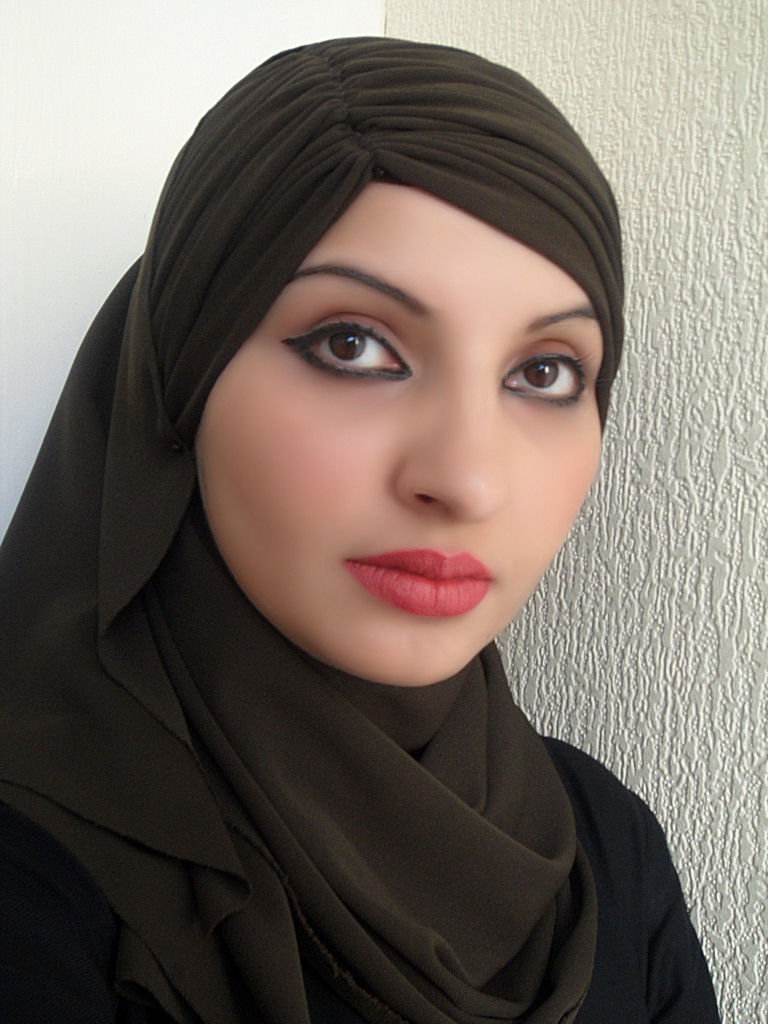 Beauty arab teen — pic 2