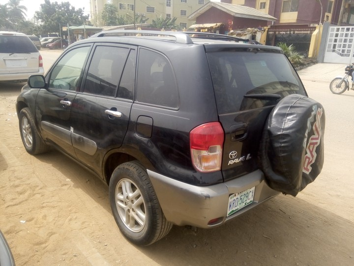 2003 toyota rav4 for sale less than a year autos nigeria. Black Bedroom Furniture Sets. Home Design Ideas