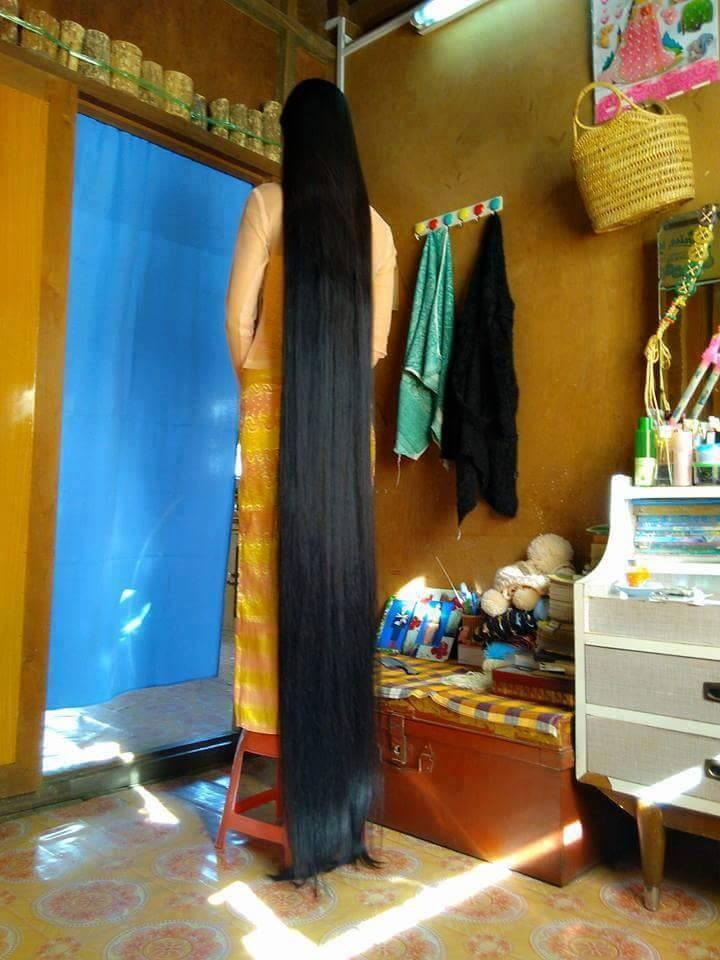 Check Out This Myanmar Girl S Long Natural Hair Photos