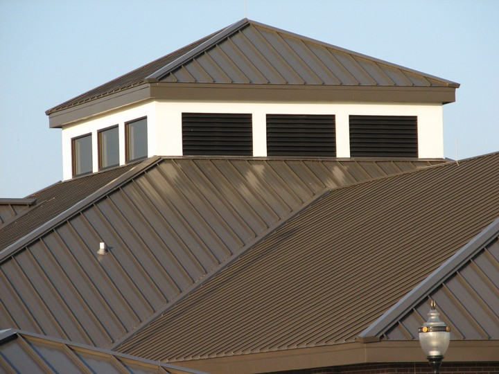 Superior Gray House With Brown Roof Brown Roofing Owens Corning Woodmoor Color  Chestnut Roof In