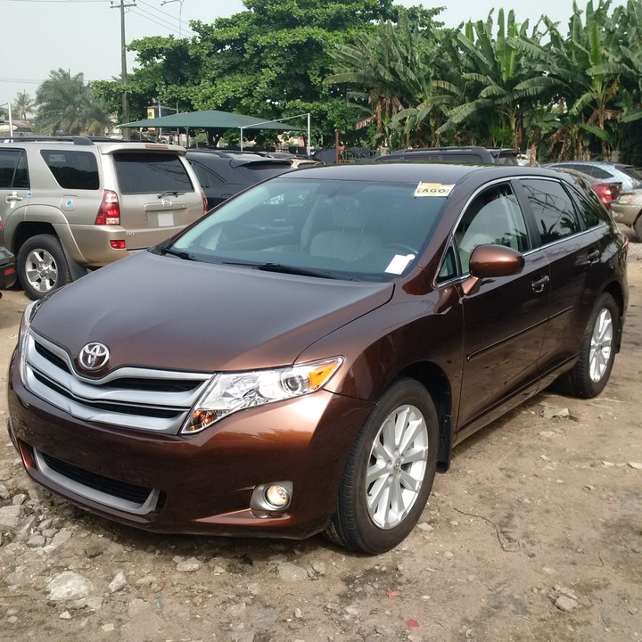 2011 toyota venza upgraded to 2014 best price ever autos. Black Bedroom Furniture Sets. Home Design Ideas