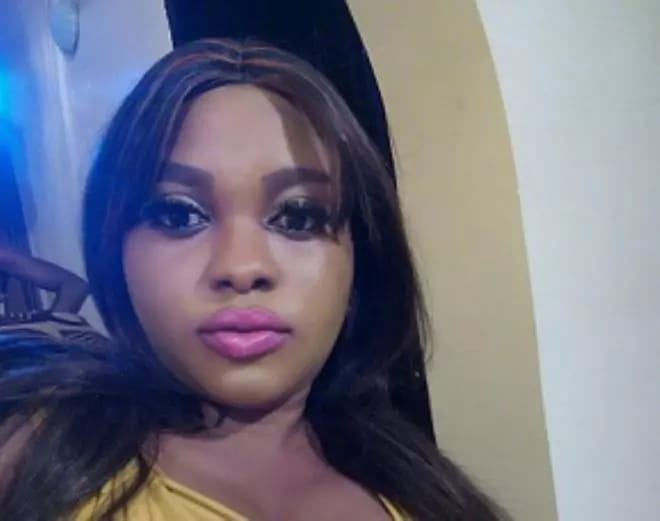 SEE THE NIGERIAN ACTRESS WHO HAS A BIG CRUSH ON PASTOR CHRIS OKOTIE – SEE THE FREAKY THING SHE AID