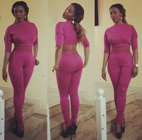 Popular Nollywood Actress Severely Blast Fan For ...
