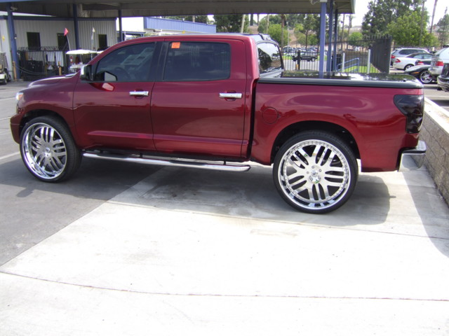 The Flyest Meanest Most Delicious Toyota Tundra Ever On 30 Inch
