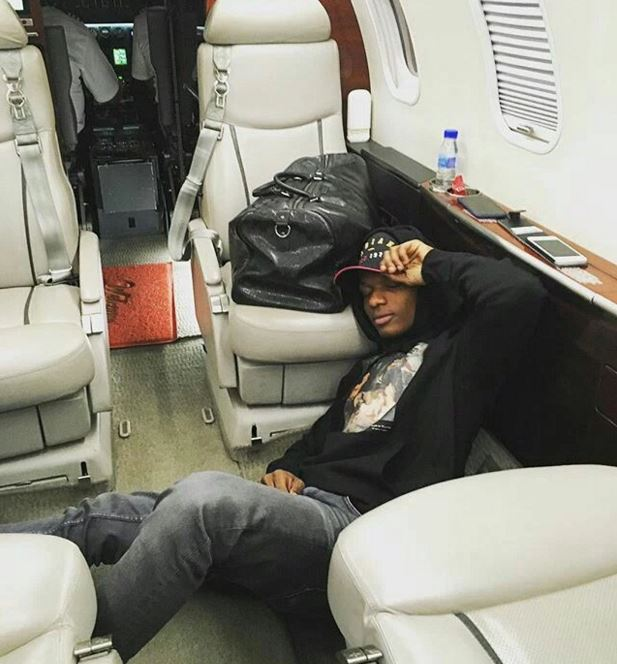 Wizkid Sleeping On The Floor Of An Airplane