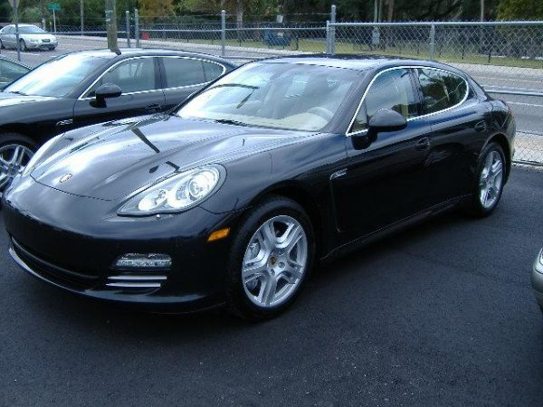 Brand New 2010 Porsche Panamera For Sale Price N29million Only