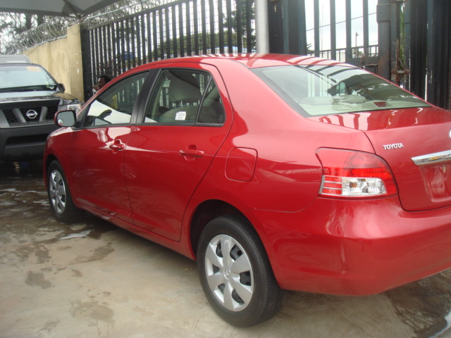 clean direct tokunbo toyota camry going for am affordable price autos nigeria. Black Bedroom Furniture Sets. Home Design Ideas