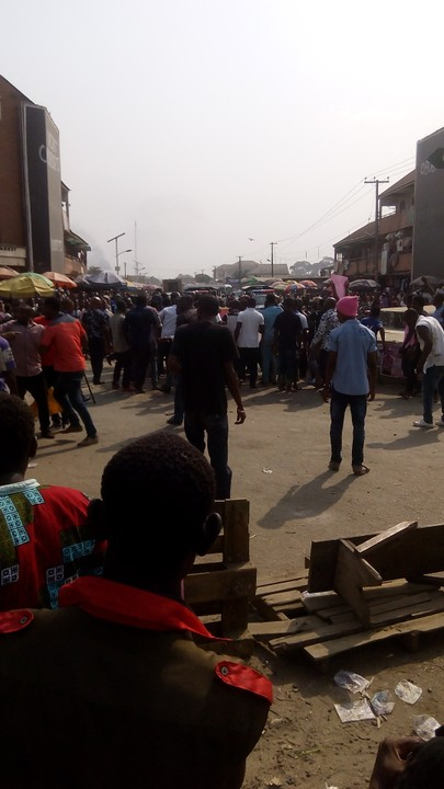 Riot Happening Now At Eleme, Rivers State (pictures)