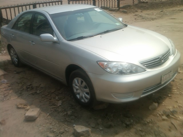 tokunbo toyota camry 2005 bigdaddy forsale autos nigeria. Black Bedroom Furniture Sets. Home Design Ideas