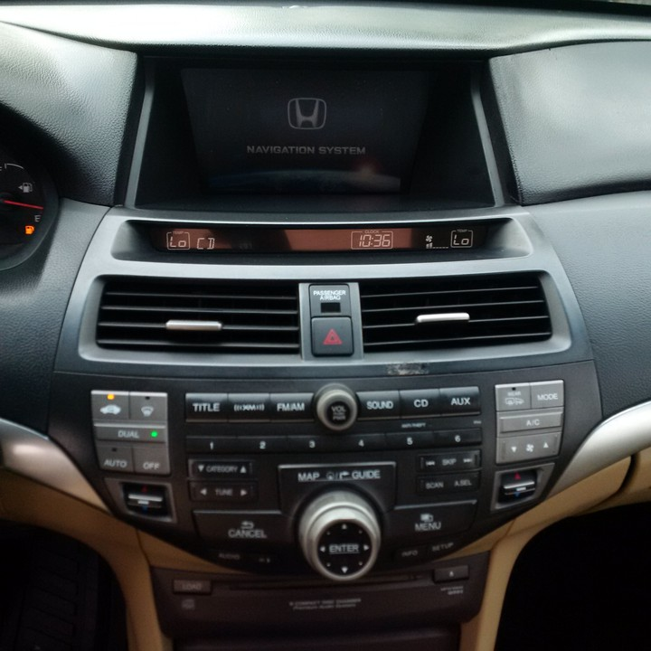 2009 Honda Accord Coupe Extremely Clean With Navigation And