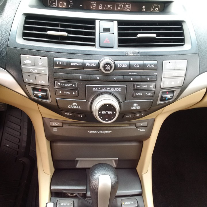 2009 Honda Accord Coupe,extremely Clean With Navigation And Leather Interior - Autos - Nigeria