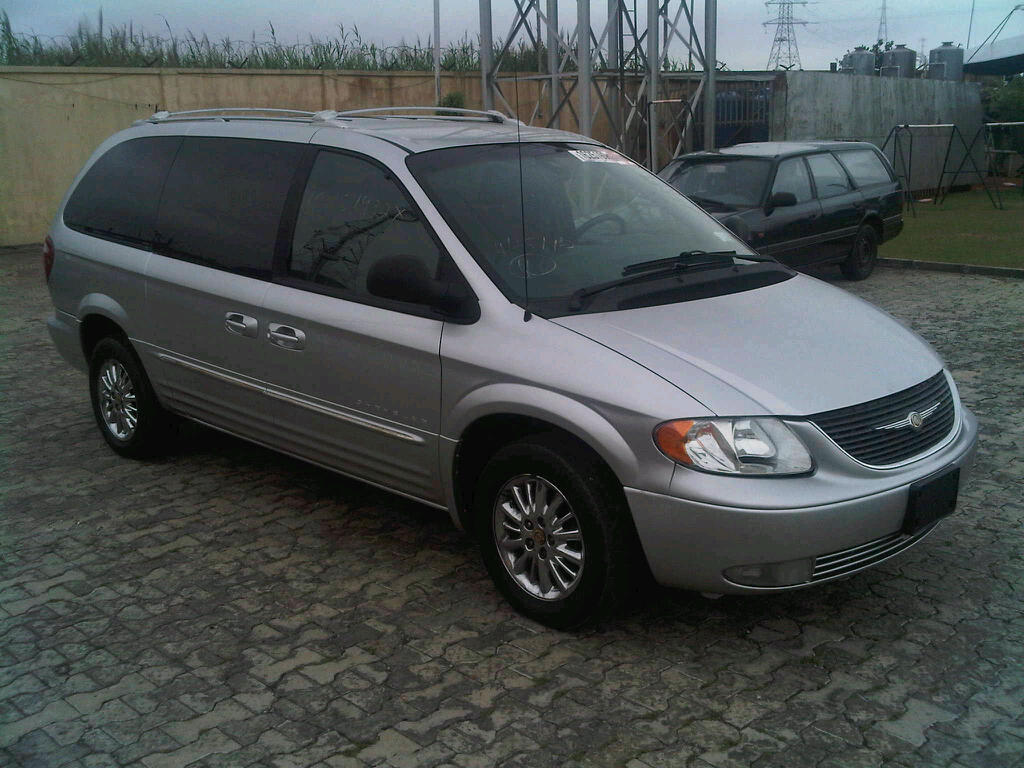 loaded 2001 chrysler town country minivan for sale pics autos nigeria. Black Bedroom Furniture Sets. Home Design Ideas