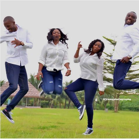 Twin Sisters Got Married The Same Day In Benin City