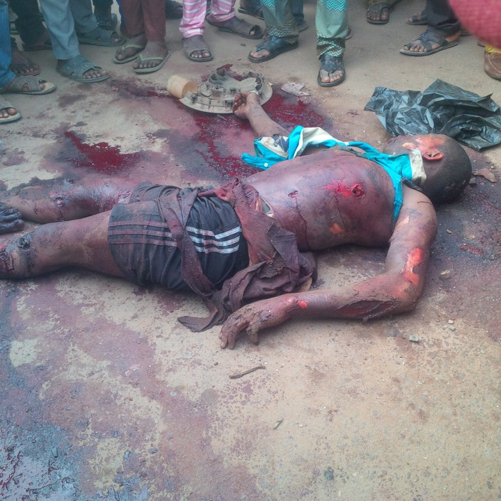 Three Robbers, One cop killed as Armed Robbers storm Osun