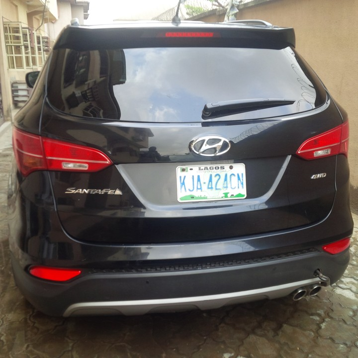 Registered 2013 Hyundai Santafe (very Clean) + Bluetooth