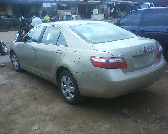 2008 toyota camry le toks autos nigeria. Black Bedroom Furniture Sets. Home Design Ideas