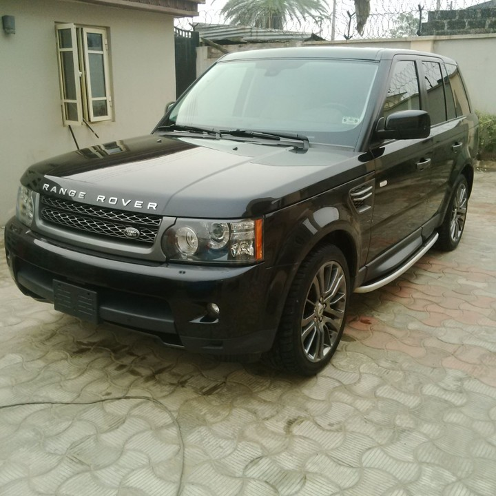 Awoof Tokunbo 2011 Range Rover Sport Luxury....price