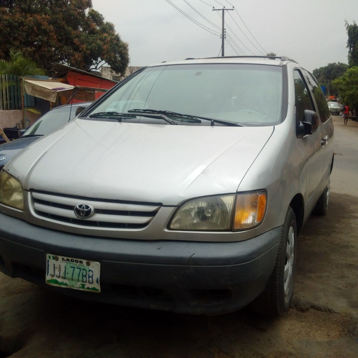 clean 2002 toyota sienna for sale in lag autos nigeria. Black Bedroom Furniture Sets. Home Design Ideas