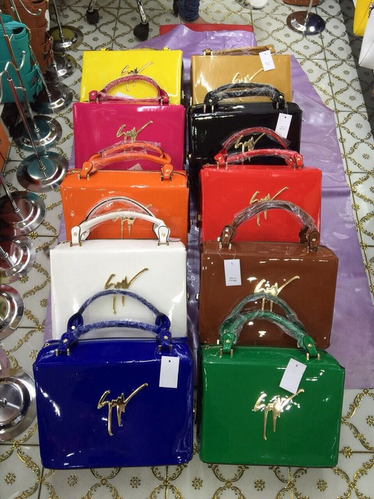 7ccb81673138 Pictures  Latest Designer Handbags. Wholesale retail Available ...