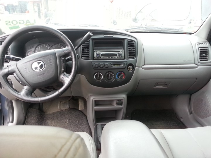 2001 mazda tribute needs an urgent buyer autos nigeria. Black Bedroom Furniture Sets. Home Design Ideas