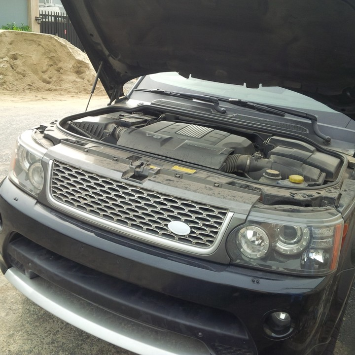Tokunbo 2010 Autobiography Range Rover Sport Supercharged