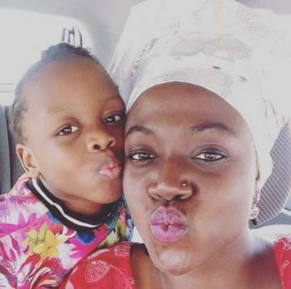 Meet Late Singer, Nomoreloss' Wife & Kid & See His Last Tweet (Pics)