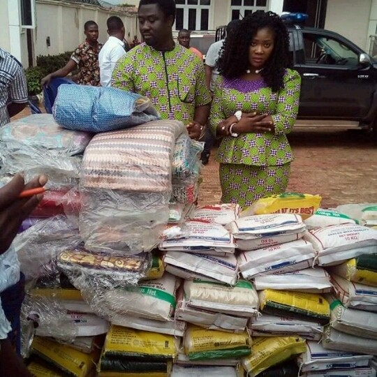 Easter mercy johnson and husband donate gifts to people photos easter mercy johnson and husband donate gifts to people photos celebrities nigeria negle Images