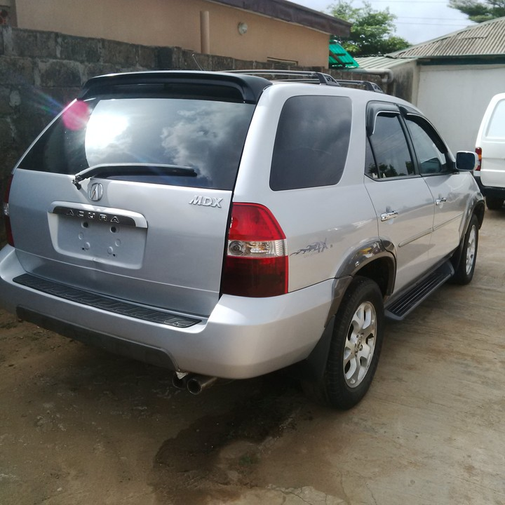 Clean Tokunbo Acura Mdx 02