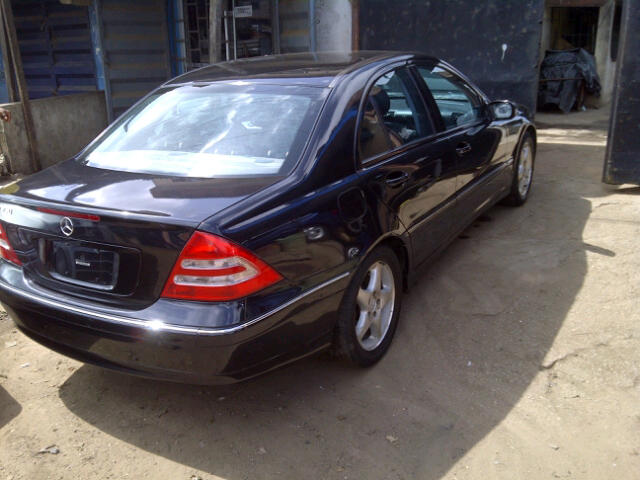 sold wow extremely neat toks 2003 mercedes benz c230 kompressor autos nigeria. Black Bedroom Furniture Sets. Home Design Ideas