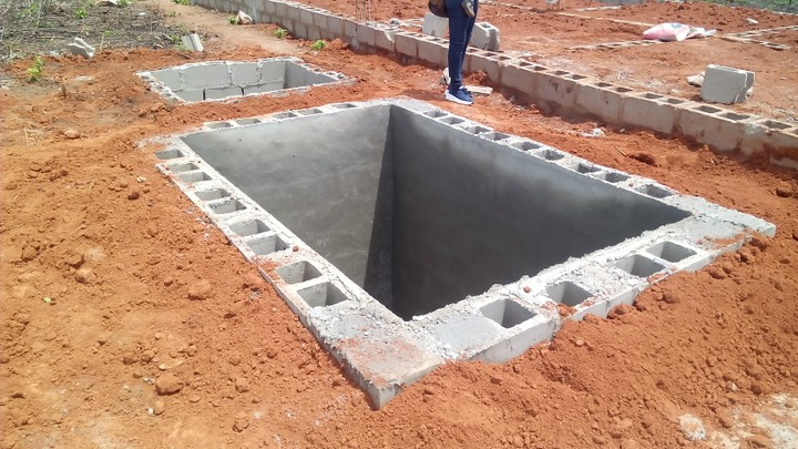 Diy construction of a 3 bedroom bungalow ikorodu north for How to build septic tank