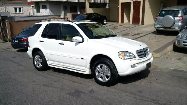 Neatly used 2005 mercedes benz ml500 for sale for 2005 mercedes benz ml500