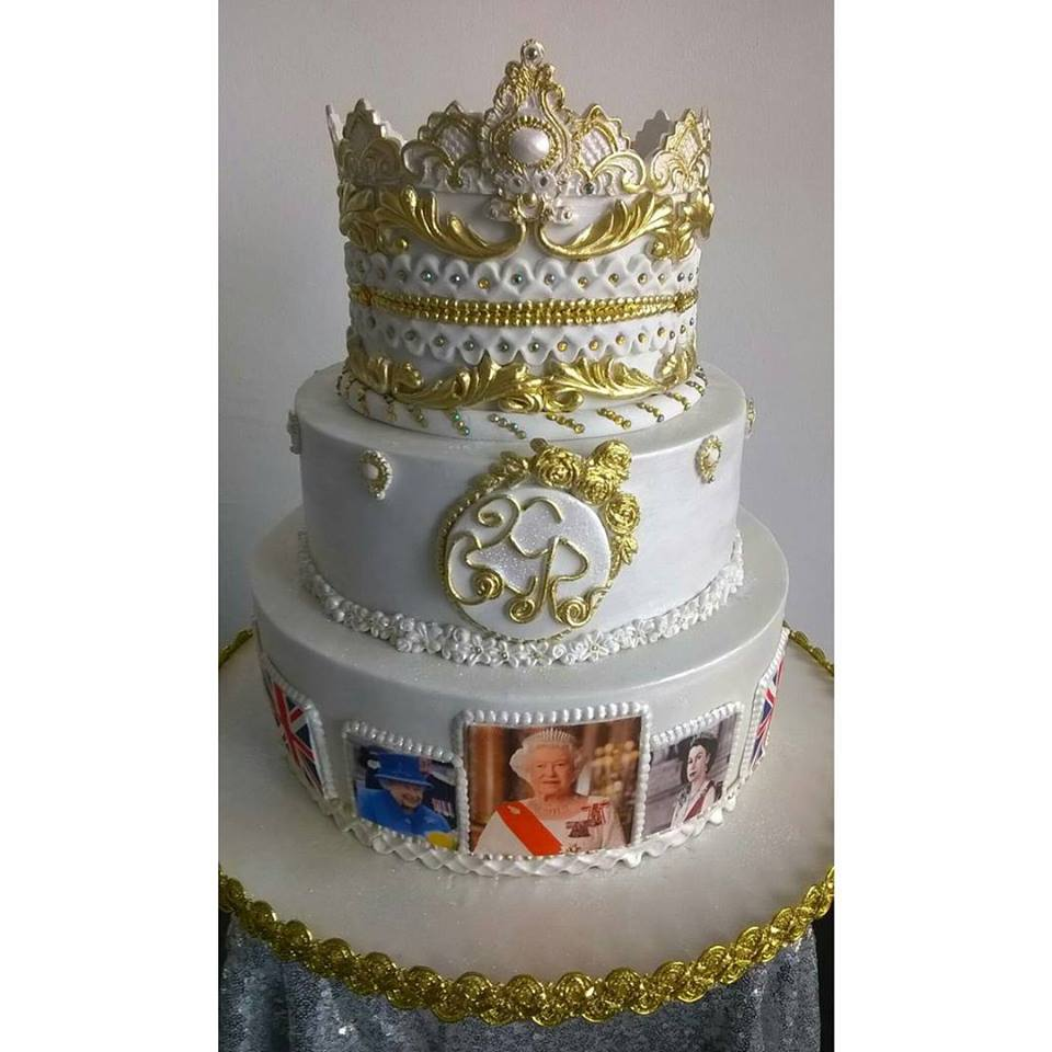 ... Queen Elizabeth's 90th Birthday Cake - Celebrities - Nigeria