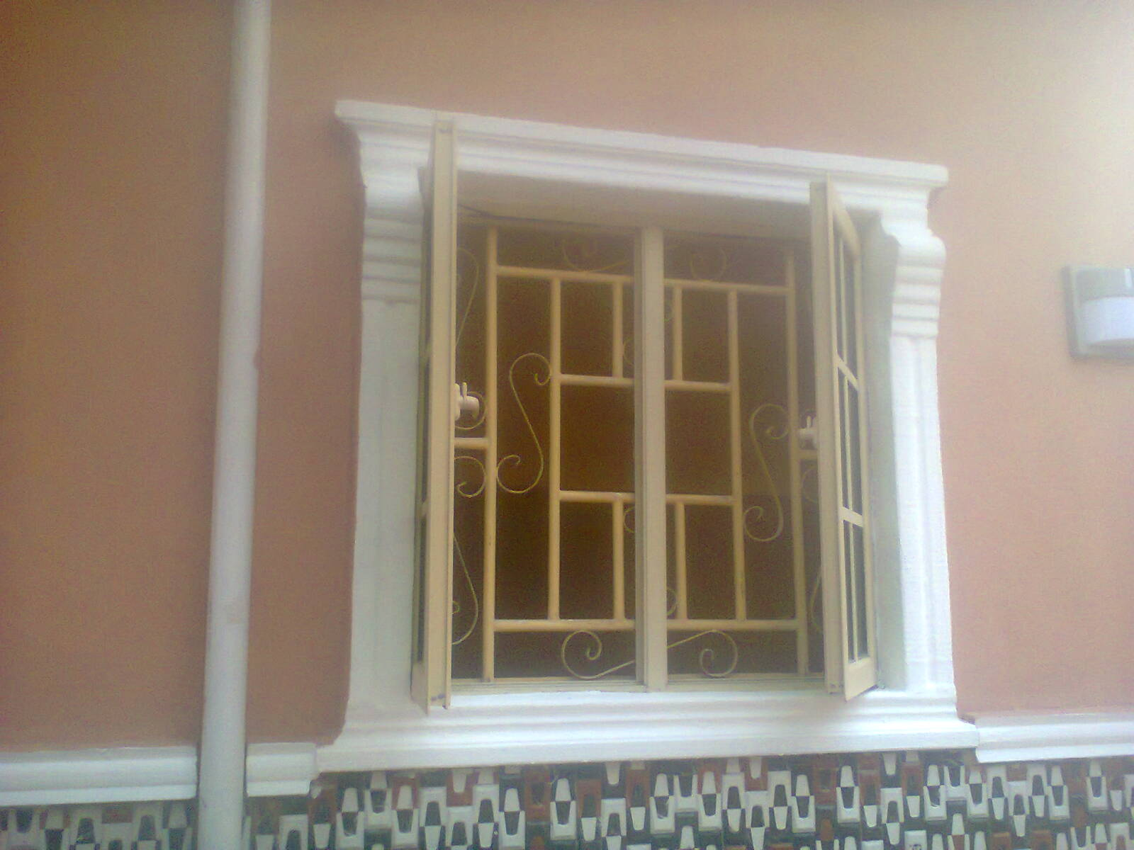 As a painter with years of experience i suggest u use sand and offwhite or calabash and offwhite or grey and white or better still choose from the