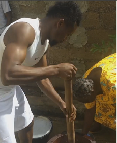 3750800_46_pngff9499efcfb66ffef8028e46aa11df04 Footballer, Onazi Ogenyi pictured pounding yam for his mum