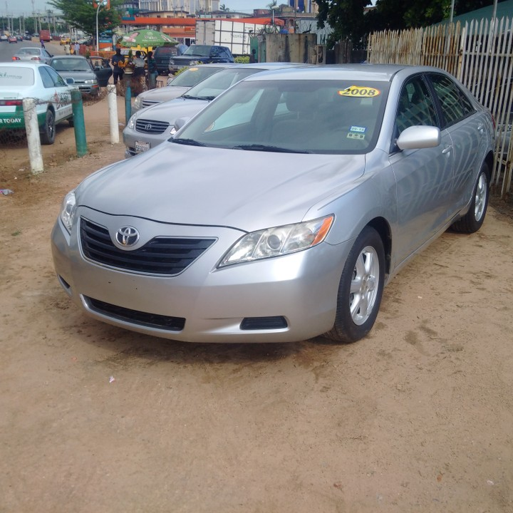 2008 model toyota camry le forsale autos nigeria. Black Bedroom Furniture Sets. Home Design Ideas