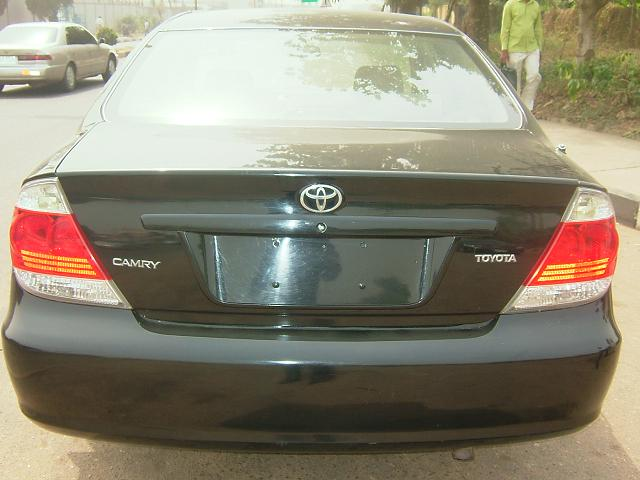 tokunbo 2006 toyota camry for sale at give away price autos nigeria. Black Bedroom Furniture Sets. Home Design Ideas