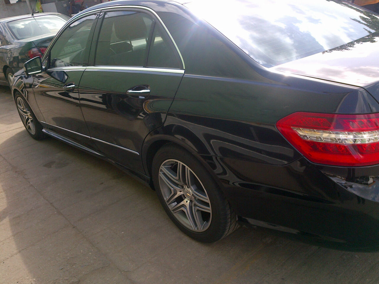 Very neat and tidy registered 2011 mercedes benz e550 for Mercedes benz e550 price