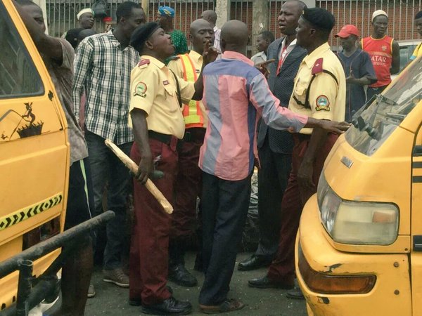 "LASTMA Official Seen Using Sugarcane Instead Of 'Kondo"" (See Photos)"
