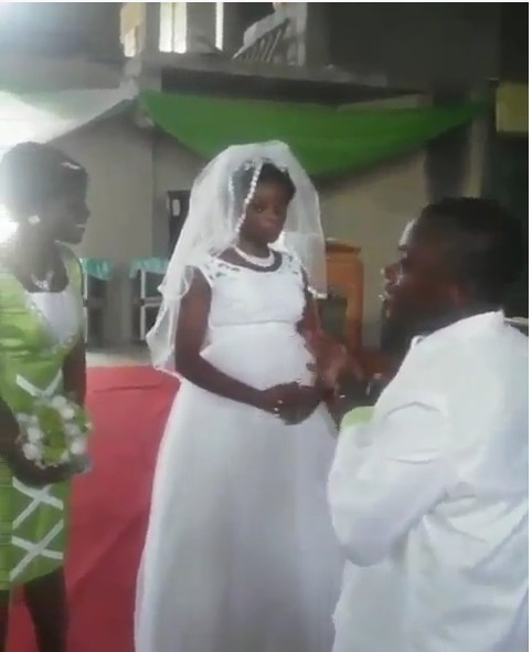Ghanaian Bride Refuses To Kiss Husband In Church During