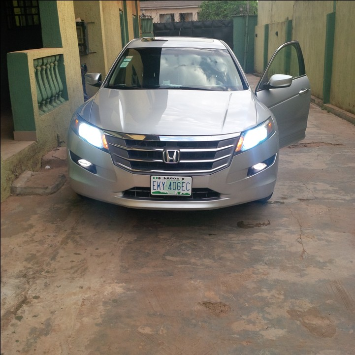 2010 honda crosstour silver in good n superb shape for sale autos nigeria. Black Bedroom Furniture Sets. Home Design Ideas