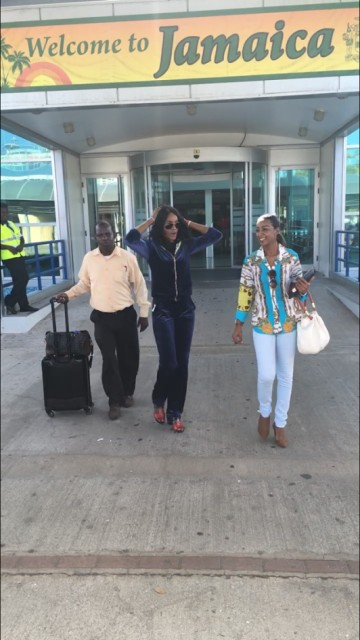 Seyi Shay Lands In Jamaica, To Deliver Lecture At University Of West Indies (See Photo)