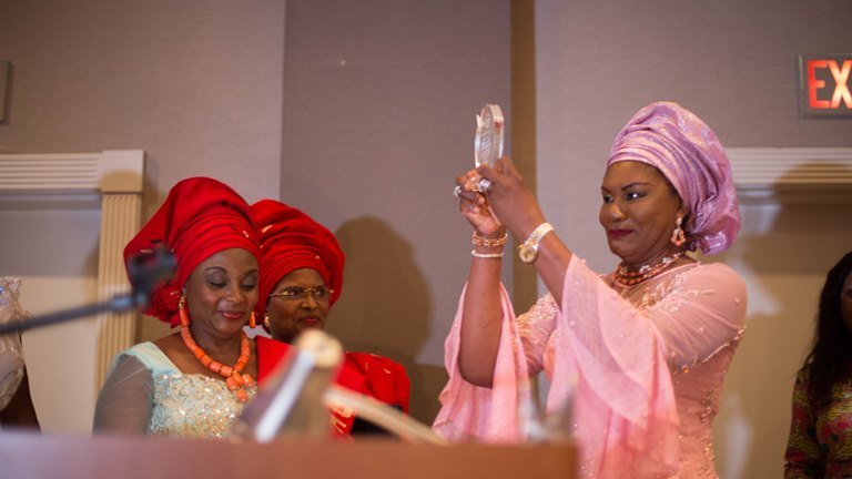 MRS WILLIE OBIANO BECOMES HONORARY CITIZEN - GEORGIA, WINS AWARD
