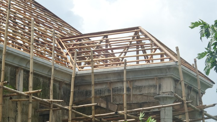 Pre Cast Parapet Roofing And Finish Of A Duplex In