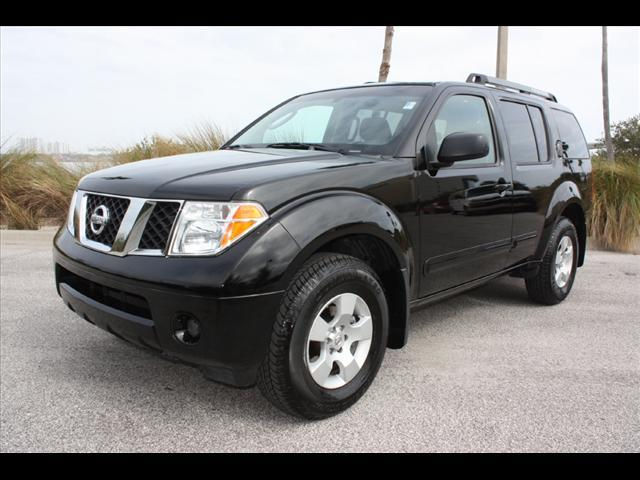 2005 nissan pathfinder full option for sale call for price tel 017657480 autos nigeria. Black Bedroom Furniture Sets. Home Design Ideas