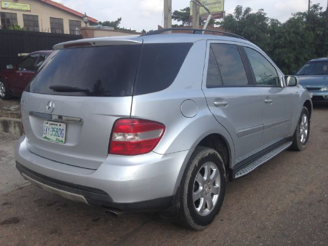 Mercedes benz ml350 4matic used 2006model for sale price2 for Mercedes benz ml350 4matic 2006