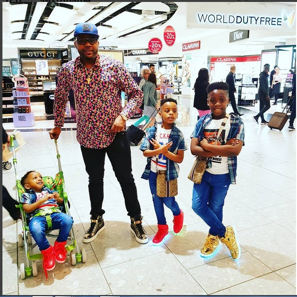 Lovely Photos of 5-Star Music's E-Money and Kids (Photos)