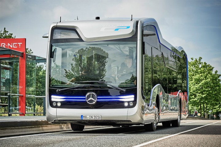 Mercedes-Benz Unveils Its Self-Driving Future Bus (Photos And Video)