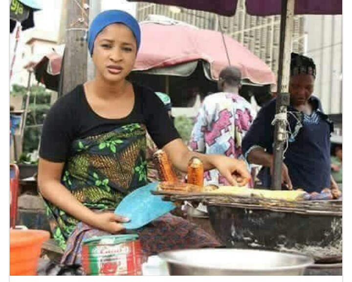 Caption This Picture Of A Beautiful Lady Selling Roasted Corn By The Road  Side - Career - Nigeria